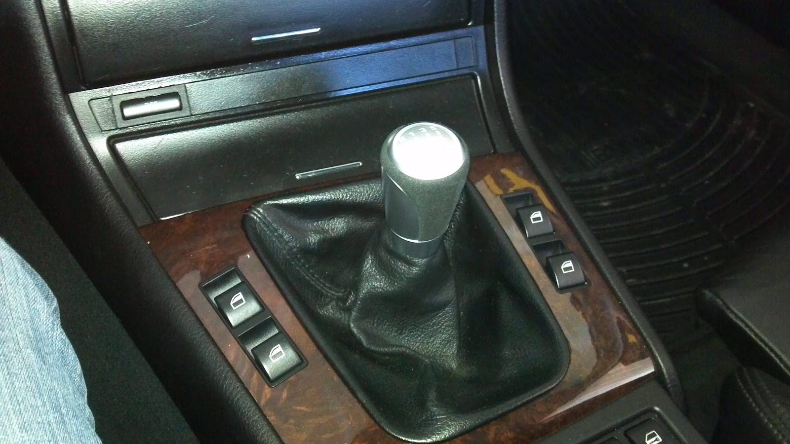 I Am Jack S E46 Battle Of The Shift Knobs Bmw