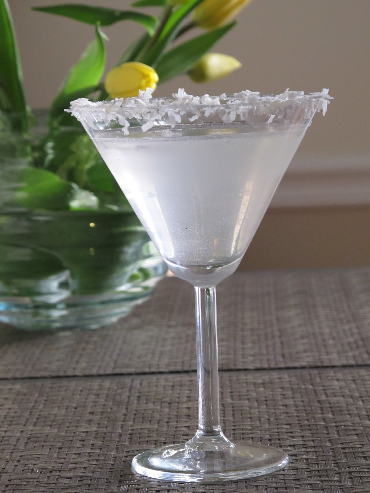 Elle beau grease cake vodka recipe coconut cake martini for Flavored vodka martini recipes
