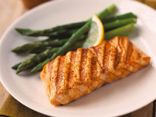 Eating Fish Reduces Risk of Alzheimer's Disease