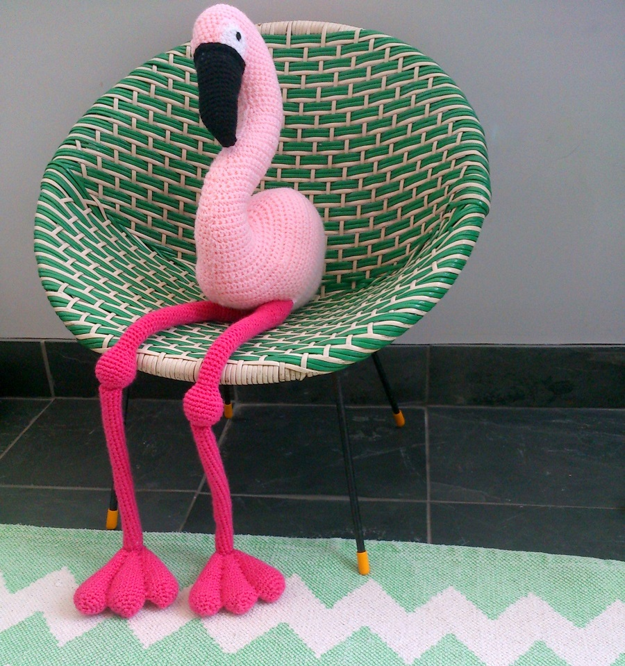 Have you met Enid my crochet flamingo? ⋆ Lazy Daisy Jones