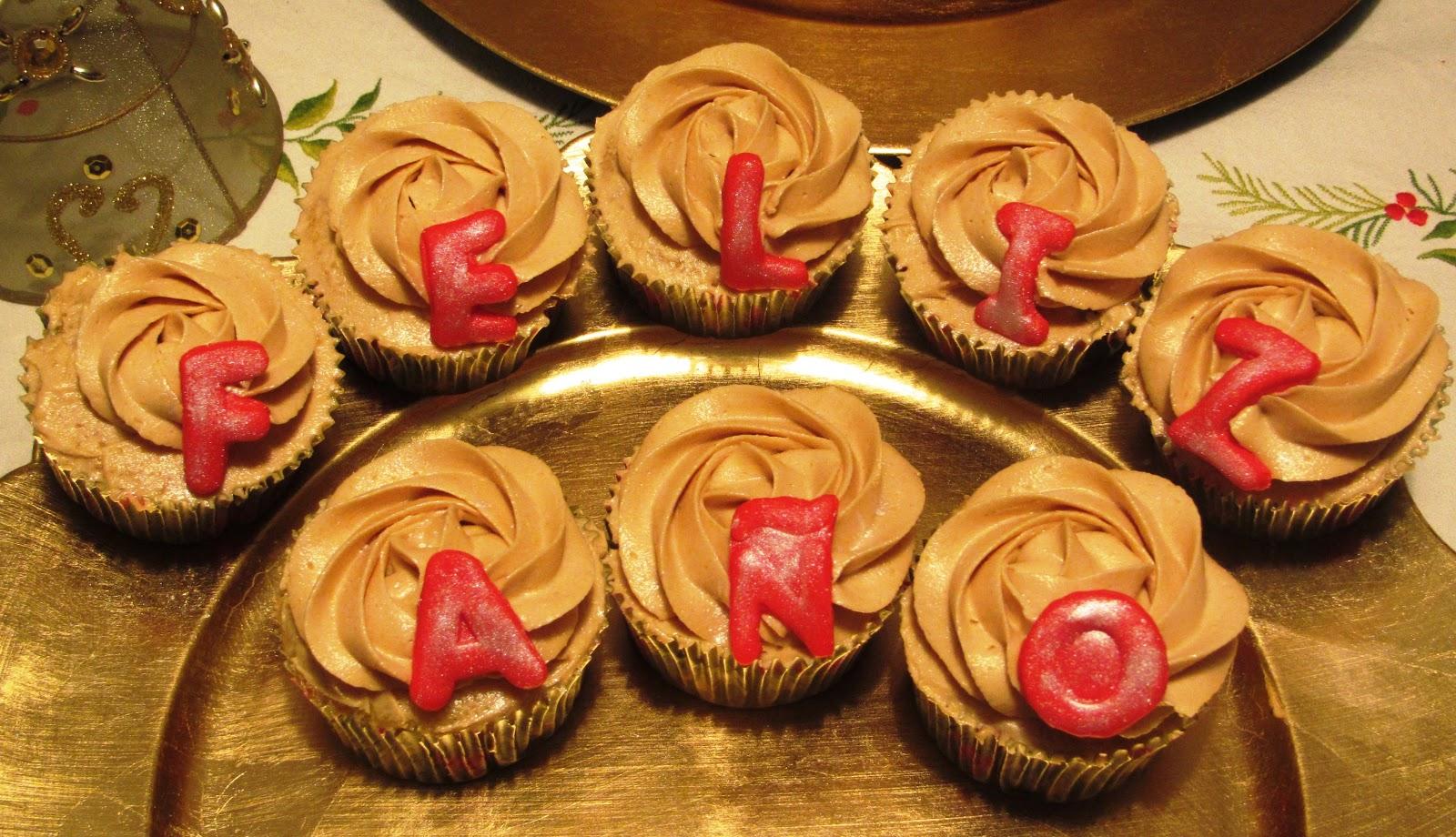 Happiness Bites Cupcakes Y Mini Cupcakes Navidenos Para Las