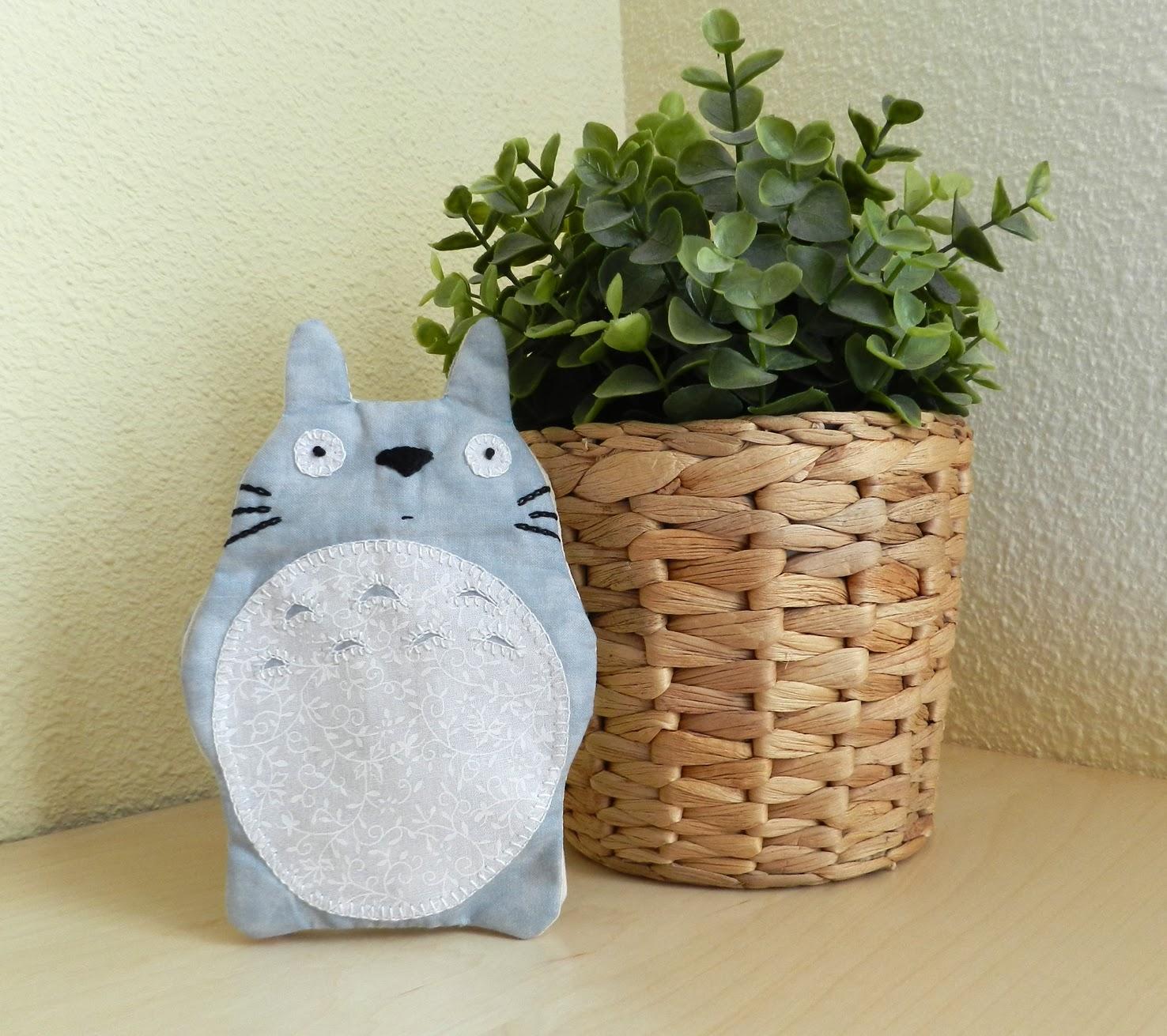 Funda móvil, smartphone, funda para smartphone, ipad, funda para el ipad,funda para el móvil, patchwork, Totoro, Funda para el móvil patchwork, Funda móvil Totoro, funda para el móvil de Totoro
