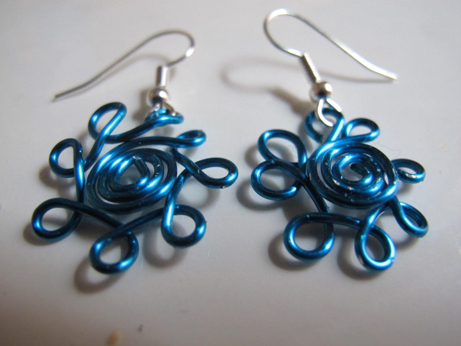 Naomi\'s Designs: Handmade Wire Jewelry: Wire wrapped jewelry: daisy ...