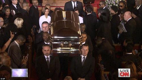 Foto Pemakaman Whitney Houston