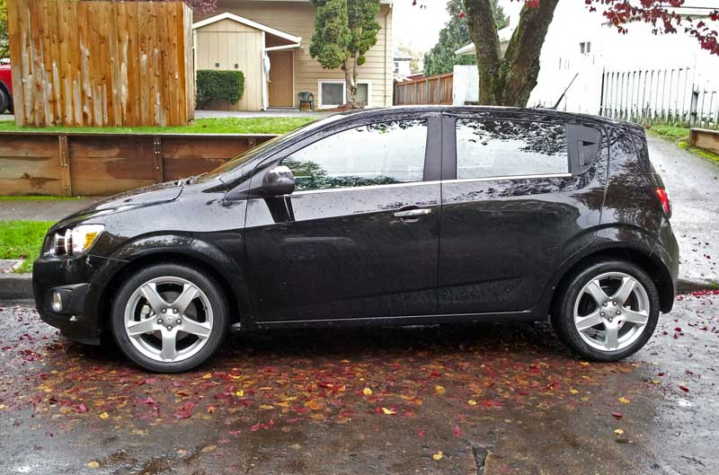 ... car blog: Review: 2012 Chevrolet Sonic LTZ: A great American hot hatch