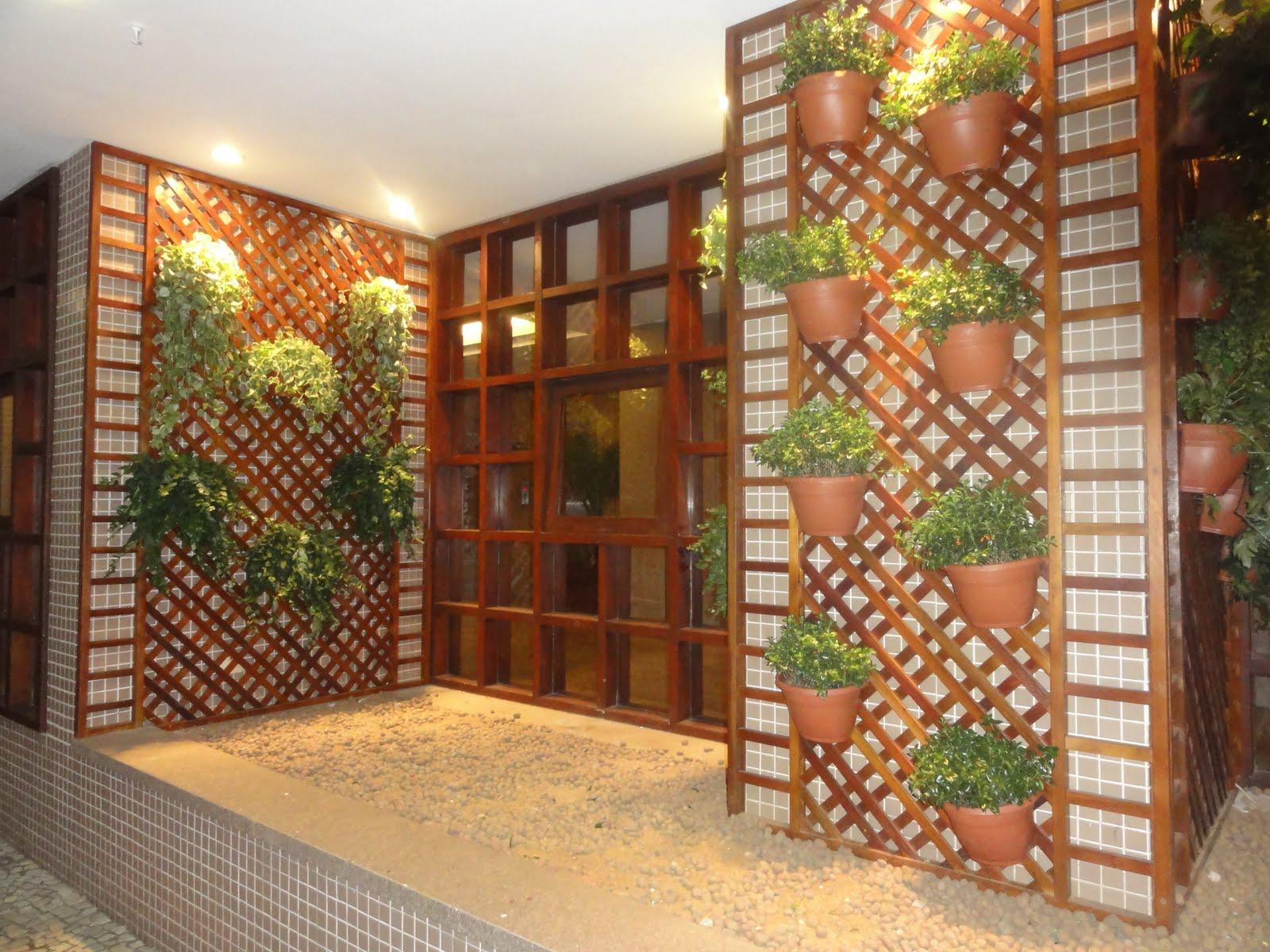 jardim vertical em muro:Jardim vertical