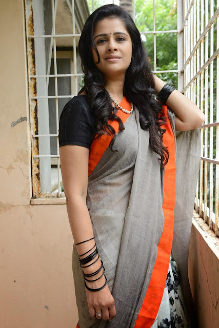 Satya Krishnan Telugu Actress in Orange Border Slaty Color Saree with Black Blouse