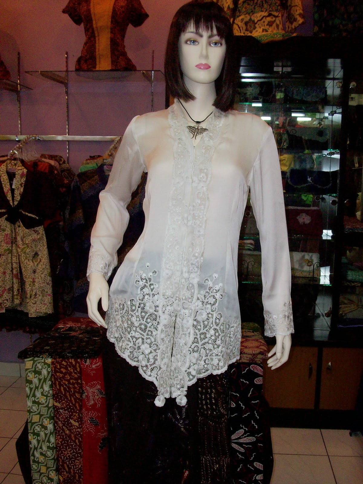 Foto Model Baju Kebaya Encim