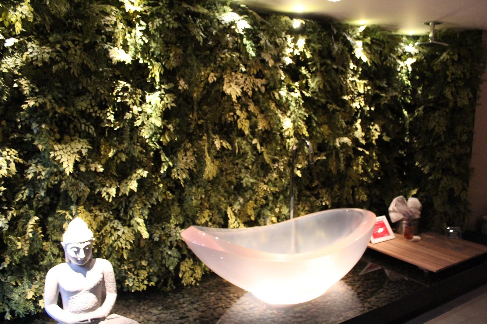 Imagens de #9D662E  de material acrílico sanitário ficaram uma graça além de que 1600x1067 px 3250 Box Acrilico Para Banheiro Feira De Santana