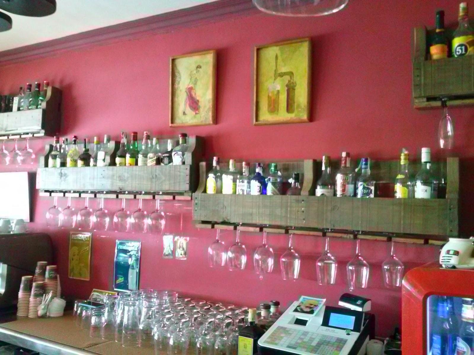 Reciclairetro botelleros en palets - Botelleros para bares ...