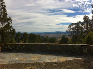 View from Kosciuszko Lookout, between Omeo and Dinner Plain
