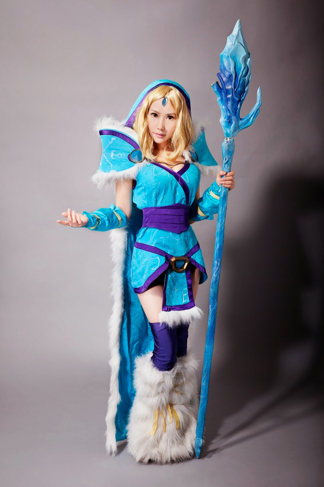 Sexy Crystal Maiden Dota 2 Cosplay