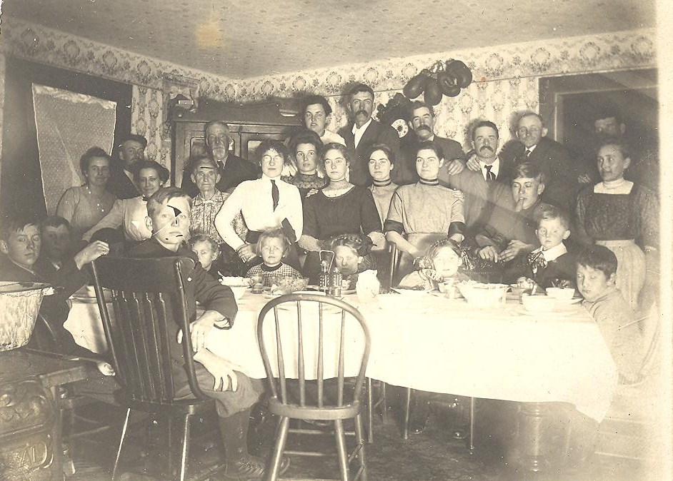 Old photos of architecture  Large Victorian era family gathering
