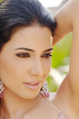 Nikita Anand hot photo