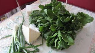 шпинат, лук и сыр