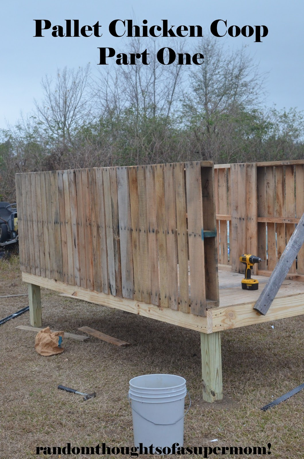 random thoughts of a supermom pallet chicken coop ForPallet Chicken Coup