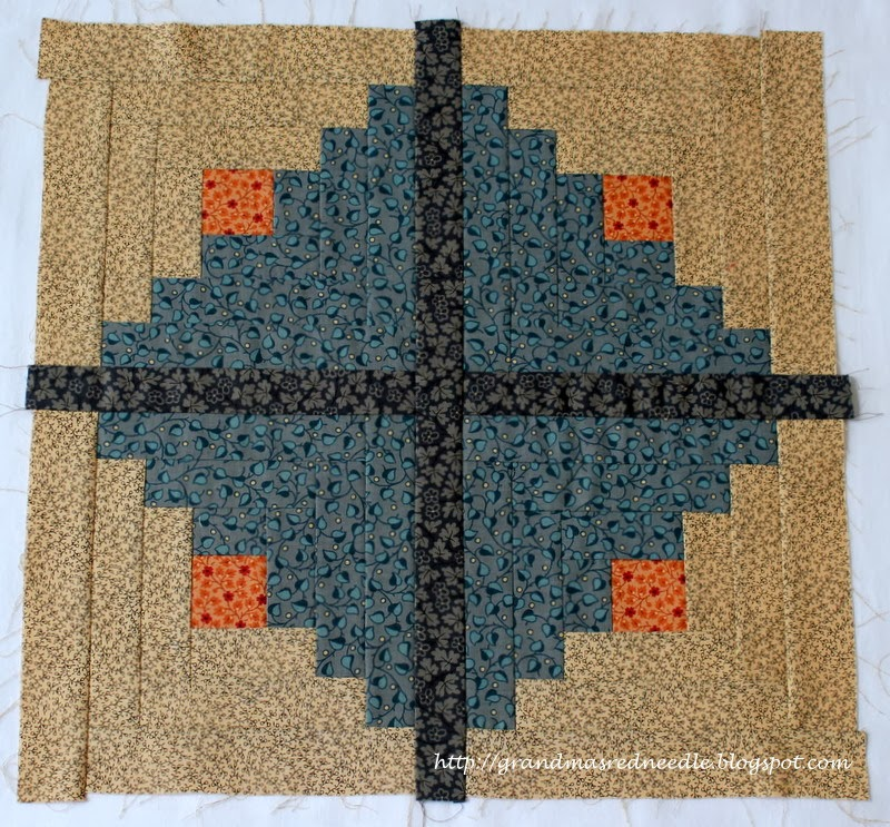 Log Cabin Quilt Pattern Free Queen Size : Red Needle Quilts: Scrappy Queen Size Log Cabin Quilt and a few more finishes