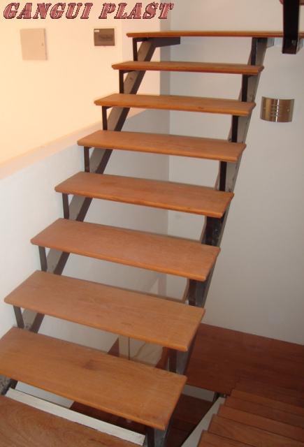 Herreria lavalle escaleras y barandas for Como hacer una escalera de madera con descanso