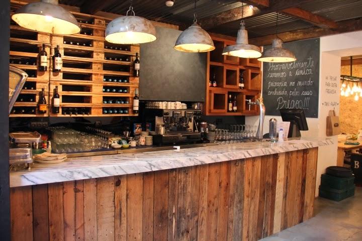 Ayd nlatma ve dekor d nyas ndan geli meler atelier 4 39 den lizbon 39 da peixaria moderna restaurant - Como tasar muebles antiguos ...