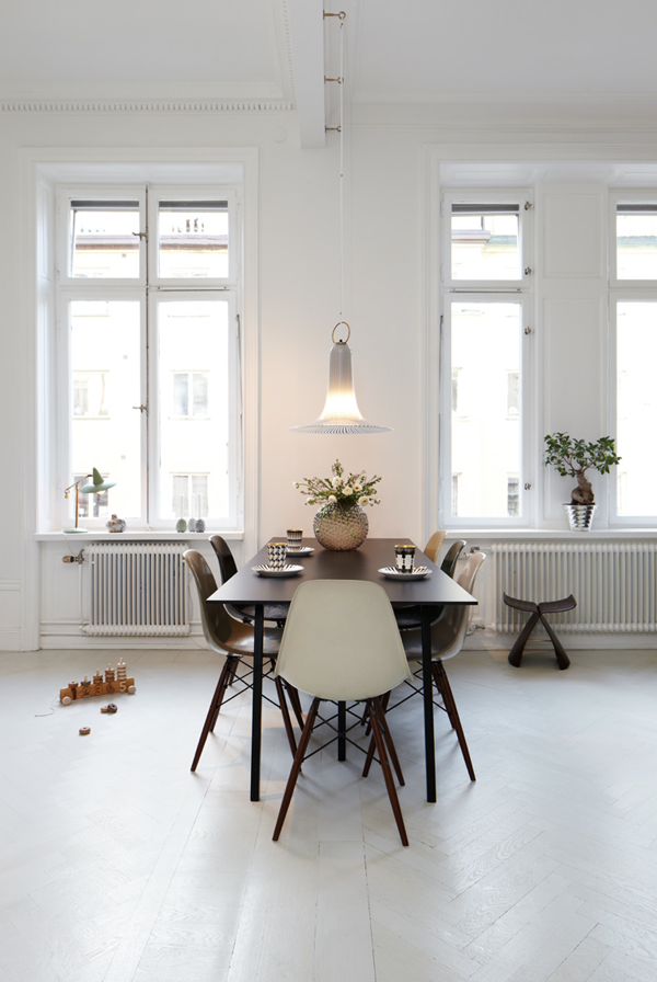 my scandinavian home simple yet striking. Black Bedroom Furniture Sets. Home Design Ideas