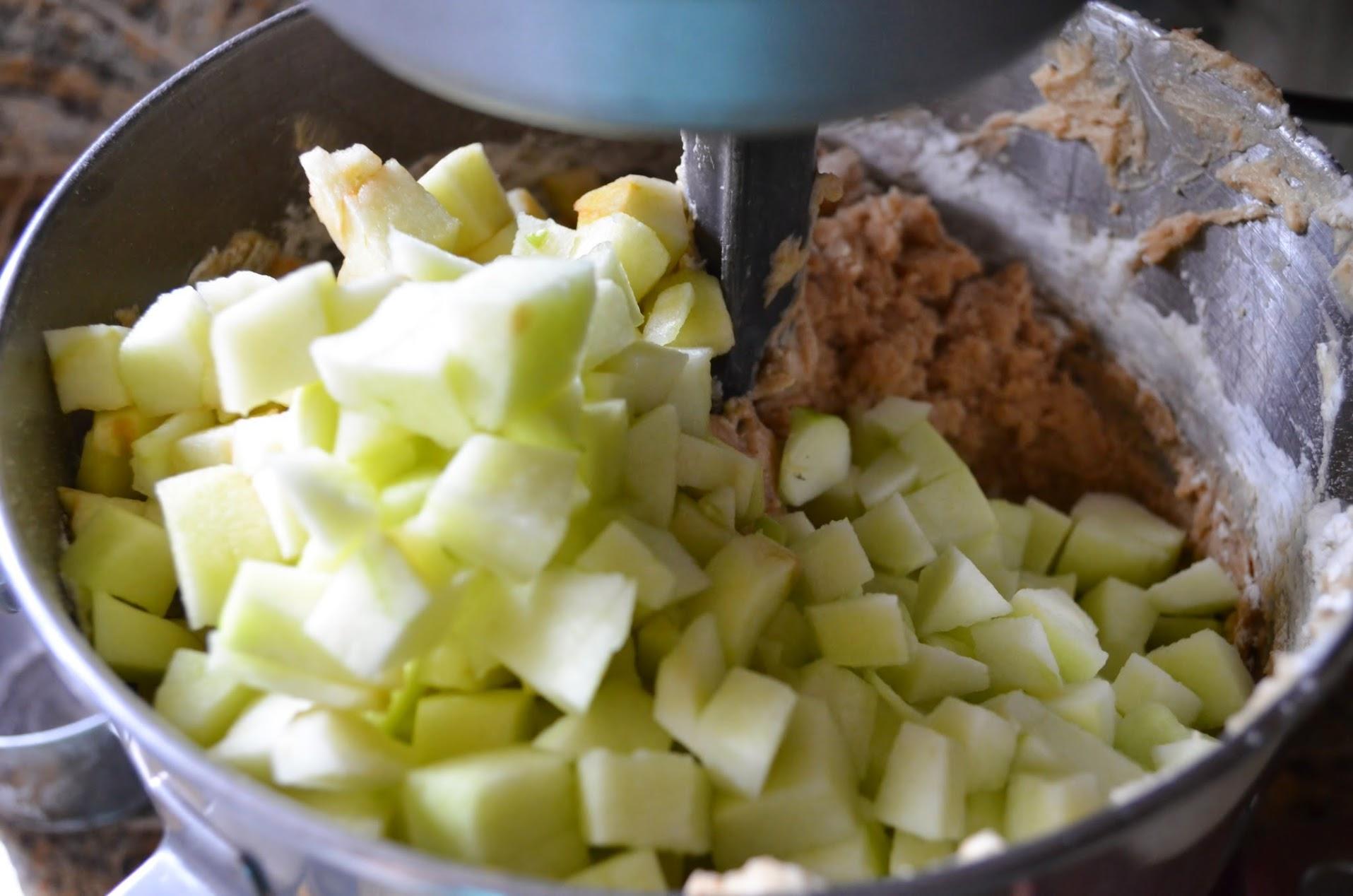 Caramel-Apple-Cake-Granny-Smith-Apple.jpg