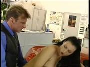 Laura Angel na ferrari