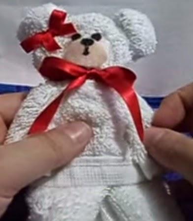 como fazer ursinho de toalha, como fazer lembrancinha, como fazer, lembrancinha de toalha,