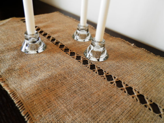 burlap table runner, hessian table runner, frayed edges runner,