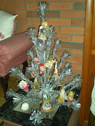Tinsel Tree with Vintage Ornaments