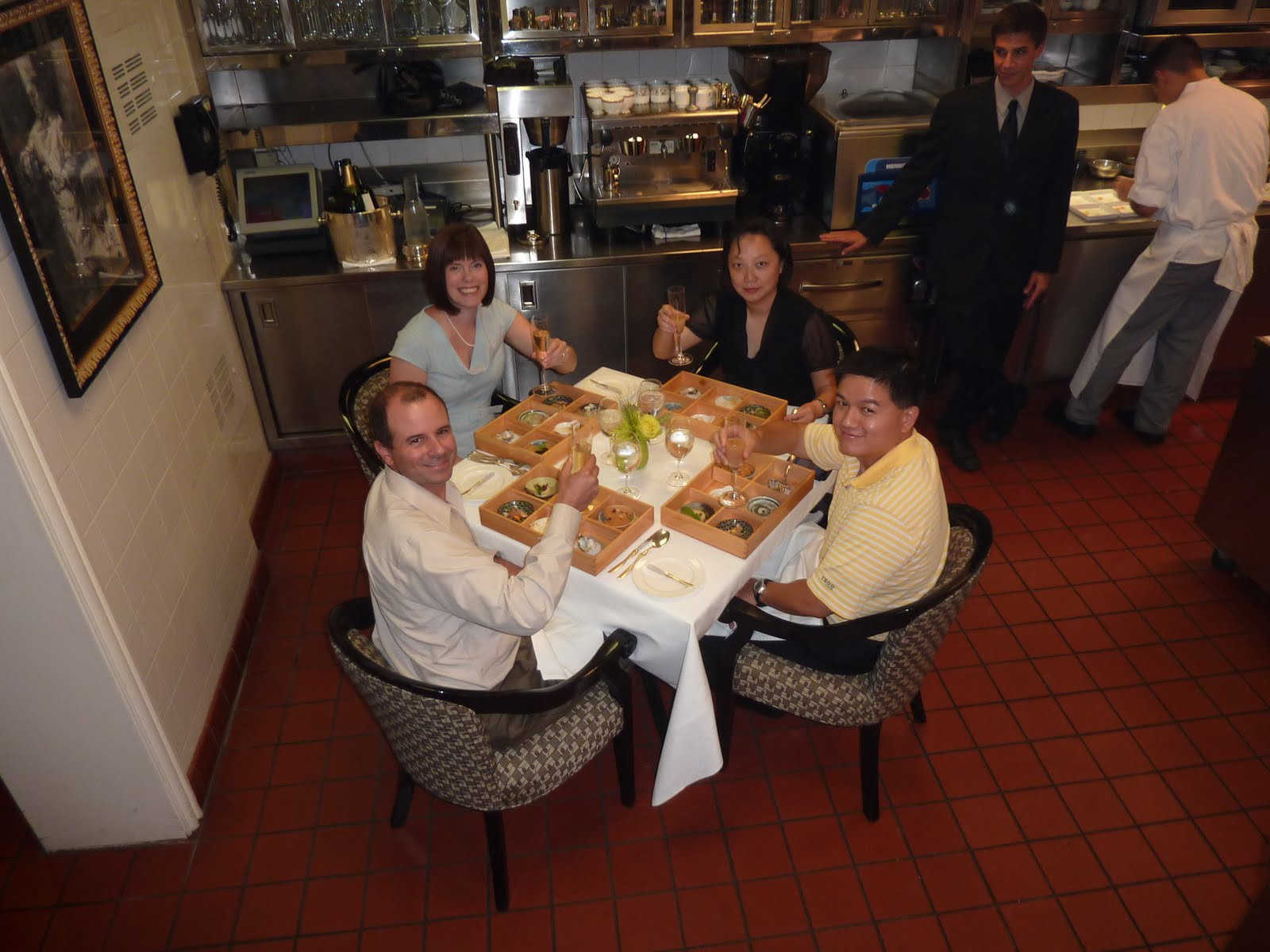 Charlie Trotteru0027s (Kitchen Table)