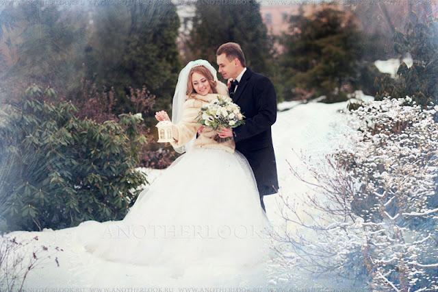 Зимняя фотосессия свадьбы