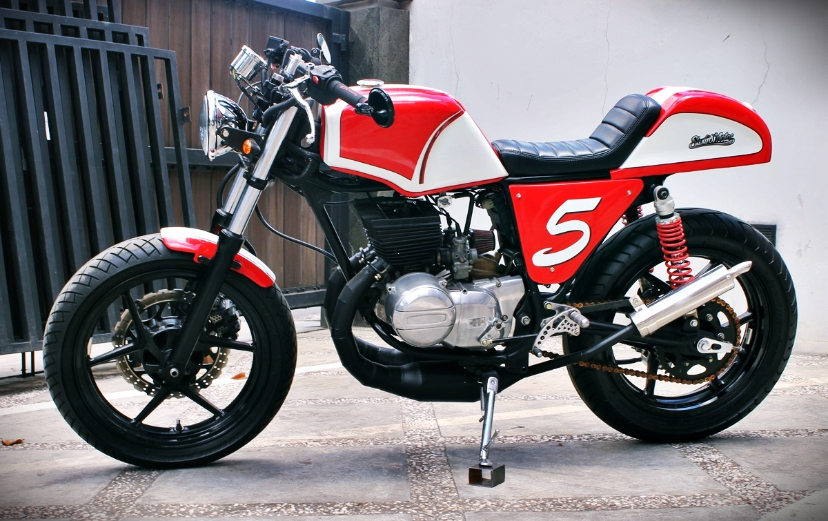 Racing Caf 232 Suzuki Gt 185 1978 By Studio Motor