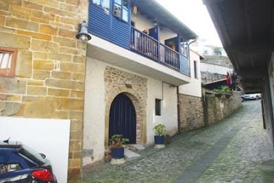 Colunga, Lastres