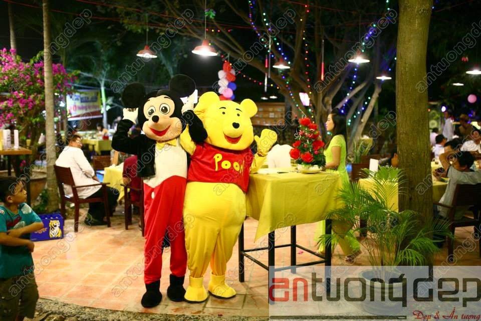 may bán mascot gấu pooh