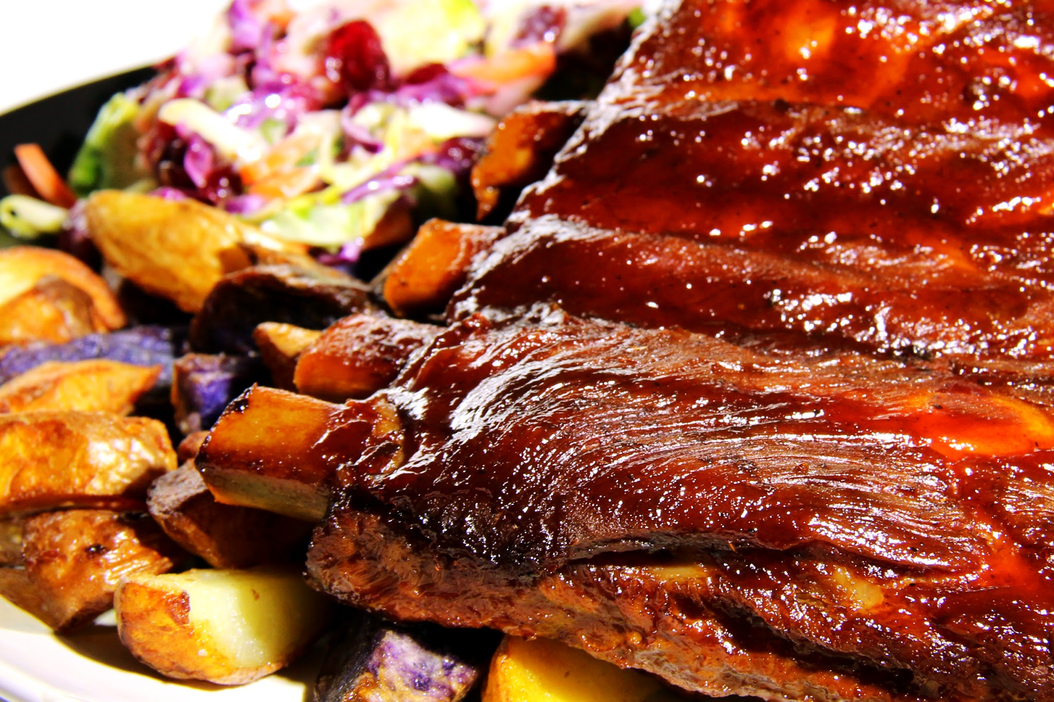 Artsy Bites: Fall-Off-The-Bone Baby Back Ribs