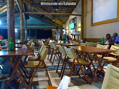 Caranguejo de Sergipe: Ambiente da unidade de Patamares à noite