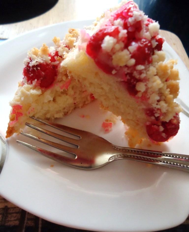 Renewed, redone - Cherry Crumble Cake