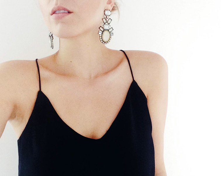 Collarbone contouring, BaubleBar opal galactic statement earrings, J.Crew Carrie Cami