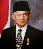 Prof.DR.Ing.H.Bacharuddin Jusuf Habibie Presiden Indonesia ke-3
