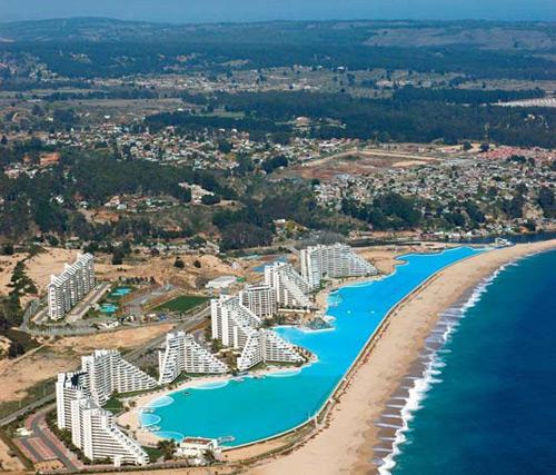 Eshowbiz World 39 S Largest Swimming Pool San Alfonso Del Mar Chile