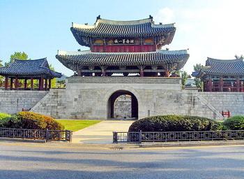 Pungnammun Gate wisata Jeonju