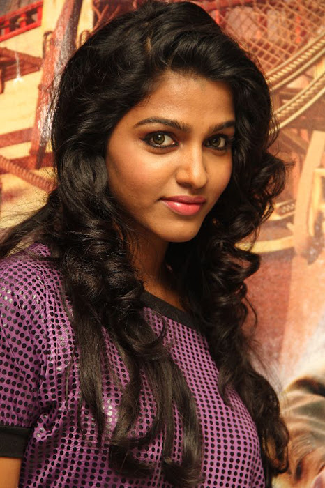 simbu dhanshika @ the adventures of tin tin premiere event