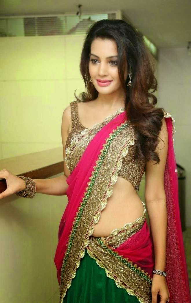 Diksha Panth Hot Navel Show Photos