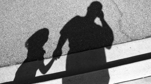 Remaja rancang berkahwin hadapi masalah kerana bakal suami adalah bapa kandungnya sendiri