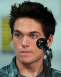 Dylan Sprayberry Height - How Tall