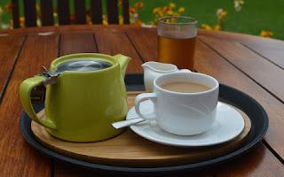 Tomar un té verde es de gran ayuda para bajar de peso