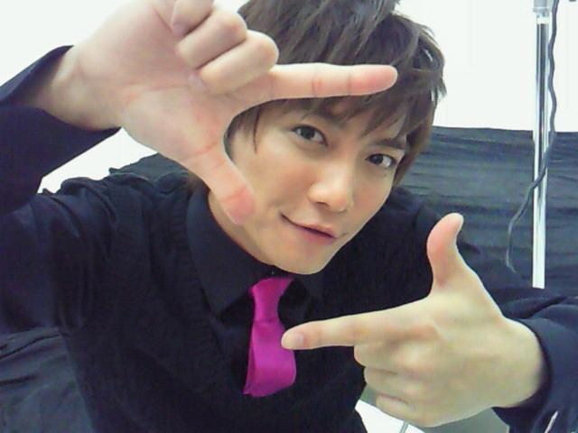 http://1.bp.blogspot.com/-musaJMKCVSQ/T0_tI3DkB6I/AAAAAAAACu0/yD90Rvv-mkA/s1600/02+Narimiya+Hiroki.jpg