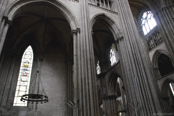 aliciasivert, alicia sivertsson, rouen, france, notre-dame, church, cathedral, windows, window, kyrkofönster, kyrka, katedral