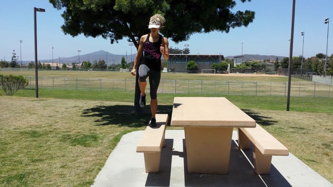 personal best health fitness and nutrition sexy strong mom park workout. Black Bedroom Furniture Sets. Home Design Ideas