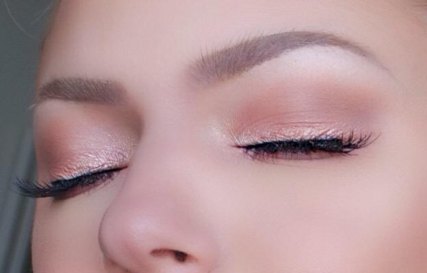 Makeup Myrna Beauty Blog Soft Romantic Rose Gold